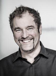 Peter Jansen - Ihr Trainer für Universelle Persönlichkeits-Entwicklung